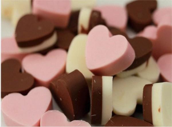 inimioare de ciocolata roz